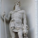 Neptun på 125-åriga stadshotellet i Karlskrona
